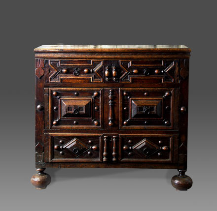 Antique Welsh oak chest of drawers