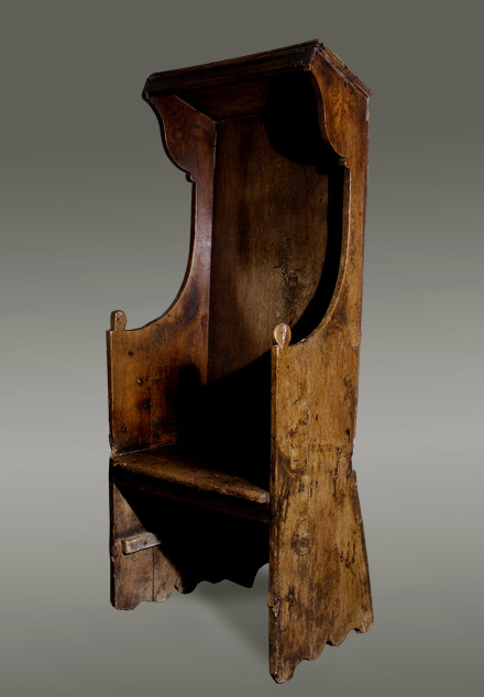 Antique Welsh oak  preachers chair